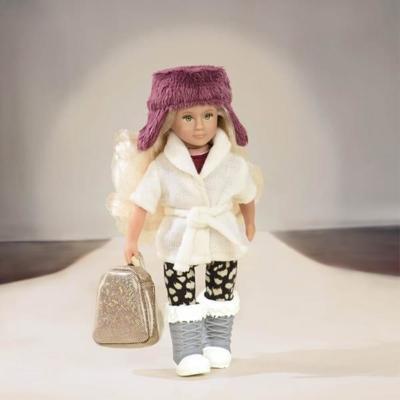 Zestaw ubranek dla lalek Lori z czapką uszatką.jpg