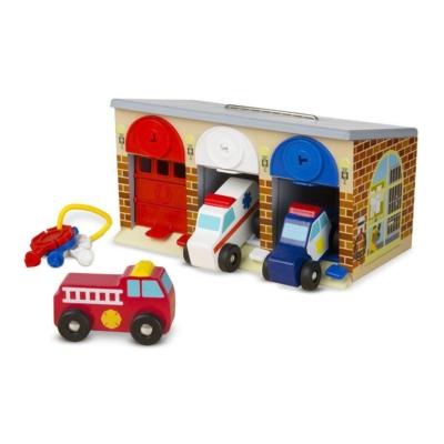 Garaż z kluczykami i pojazdami specjalnymi.jpg